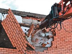 Ocene za demontažo stavbe opeke