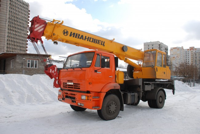 Аренда автокрана Ивановец КС-35714К-3 в Московской области