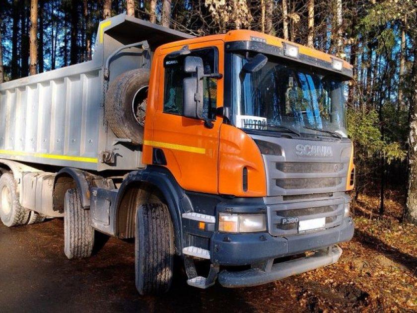 Заказать аренду самосвала Scania P380